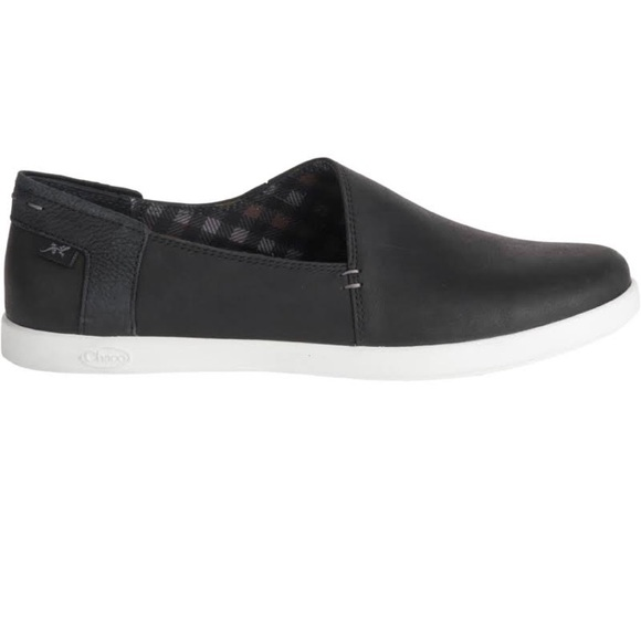 Chaco Shoes   Ionia Leather Slipons